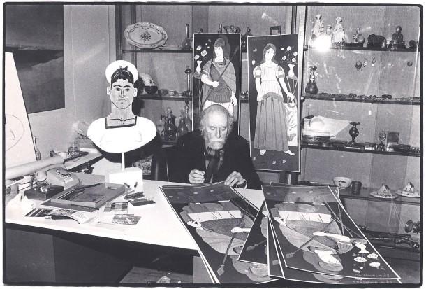 """Yannis Tsarouchis signs the Silkscreens """"Erotokritos"""" and """"Aretousa"""" at 7 Kriezotou Str.Gallery_1980@ZoumboulakisGalleries"""