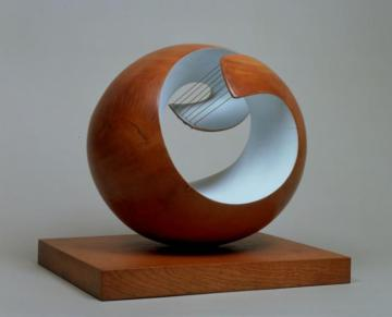 Pelagos 1946 Dame Barbara Hepworth 1903-1975 Presented by the artist 1964 http://www.tate.org.uk/art/work/T00699